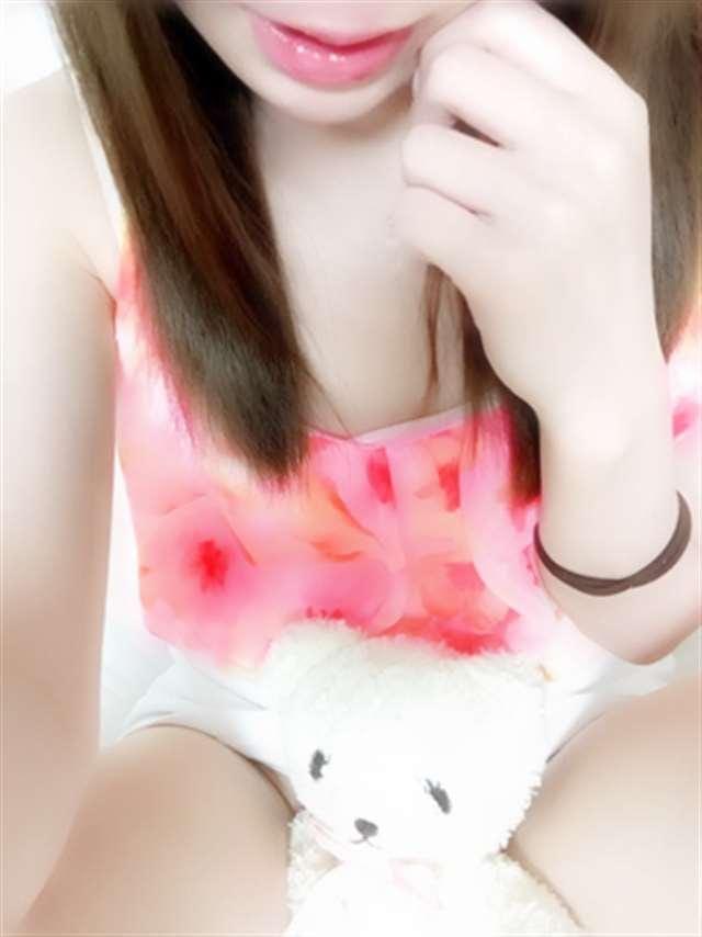 「こんばんわ(*´-`)」08/15(水) 18:34 | しおんの写メ・風俗動画