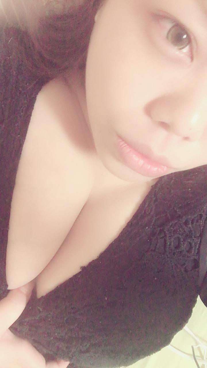 ふみえ「やっほ♡」08/15(水) 20:57 | ふみえの写メ・風俗動画