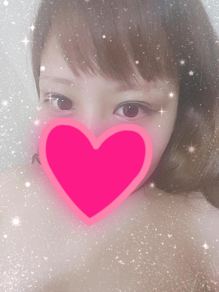 「明日!!!」08/15(水) 21:20 | まゆの写メ・風俗動画