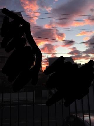 しずね「おはよう」08/16(木) 11:39 | しずねの写メ・風俗動画