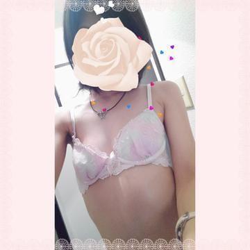 「出勤予定!」08/17(金) 19:40   ちなの写メ・風俗動画