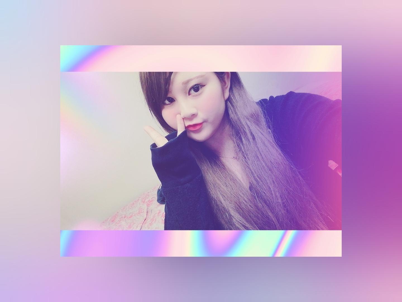 「出勤」08/18(土) 22:34   ひなの写メ・風俗動画