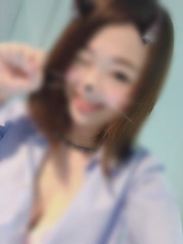 「こんにちわ(^_^)」08/19(日) 18:32   かなえの写メ・風俗動画