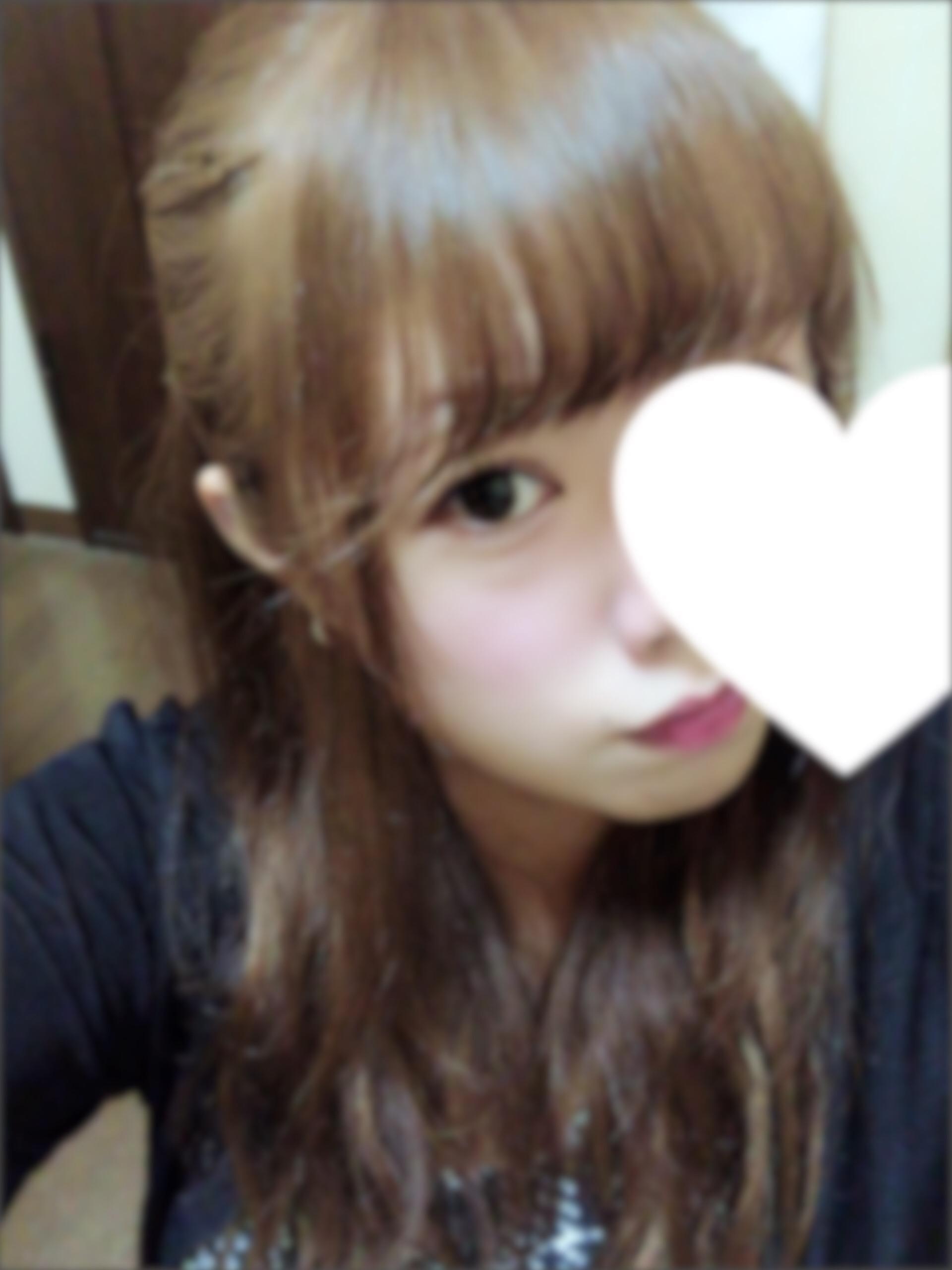 なぎさ「こんばんは( ´ ▽ ` )?」08/20(月) 00:58 | なぎさの写メ・風俗動画