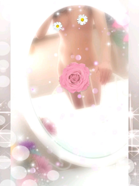 ななせ「b(・o・)dおw(・0・)wはぁで(・<>・)まよc(^・^)っちゅ」08/20(月) 08:44 | ななせの写メ・風俗動画