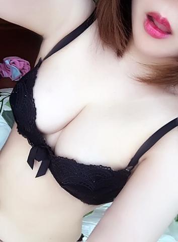 「後少しっ!」08/22(水) 00:55   エミカ☆ 美貌から漂う色香の写メ・風俗動画