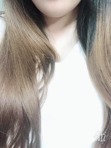 「こんにちわ」08/25(土) 01:55 | りろの写メ・風俗動画