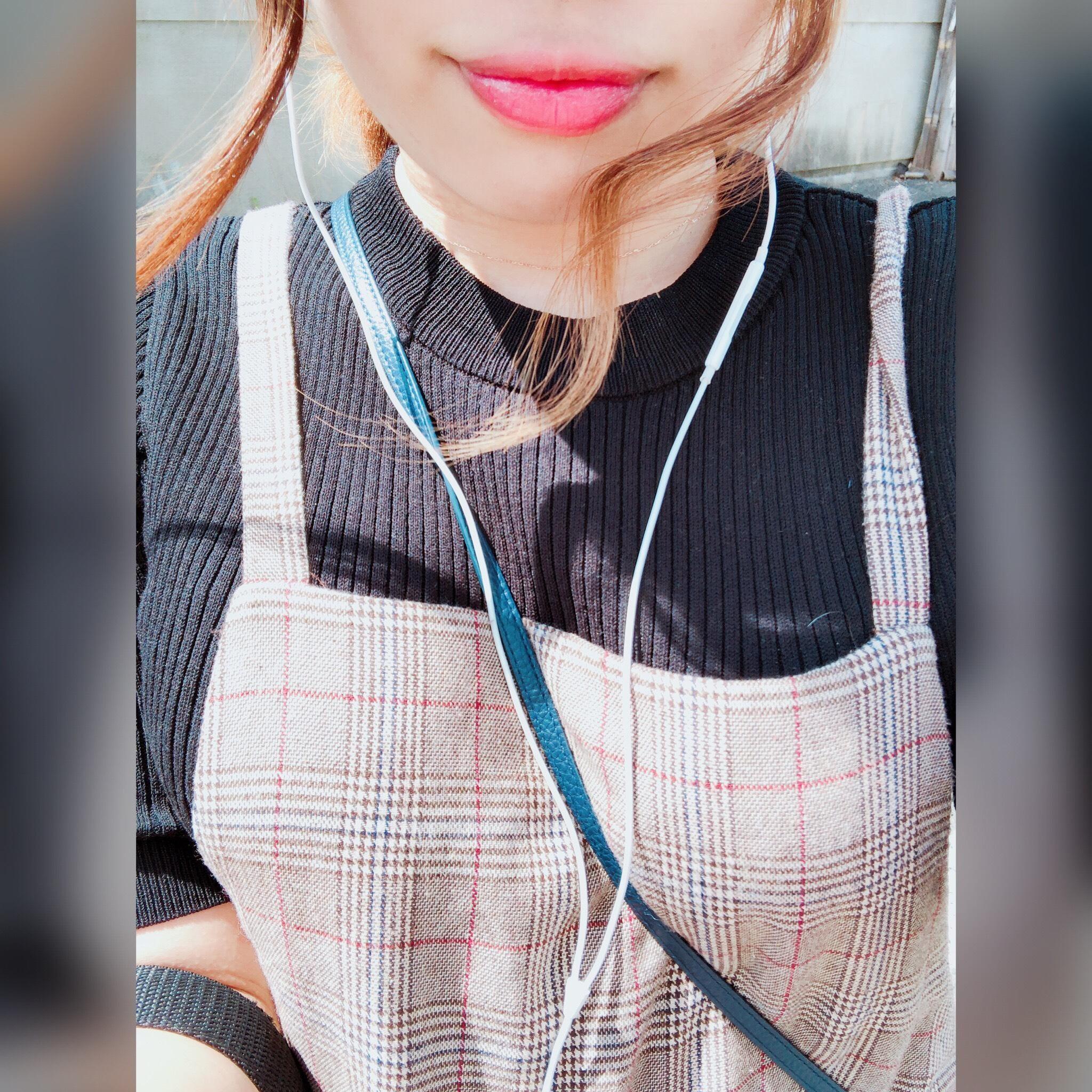 「暑いですね(°_°)」08/27日(月) 10:50 | ななみの写メ・風俗動画