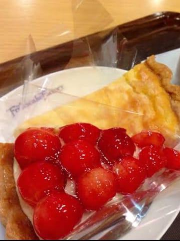「おなか・・」08/31日(金) 02:01   クロエの写メ・風俗動画