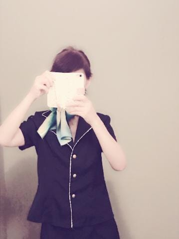 「こんにちは。」09/16(日) 13:14   千草由奈の写メ・風俗動画