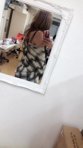 「ありがとお」09/19(水) 04:45 | ♡りえ【両性具有】♡の写メ・風俗動画