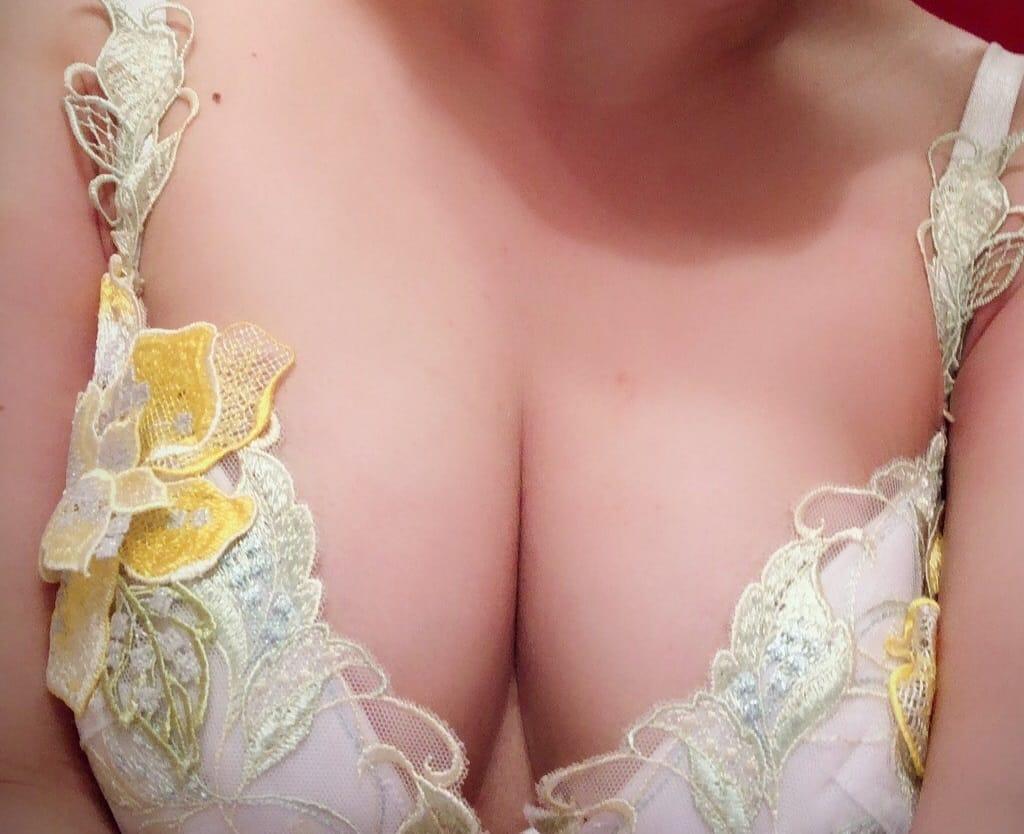 沙耶香(さやか)「私も満足しちゃいました♡」09/21(金) 00:08   沙耶香(さやか)の写メ・風俗動画
