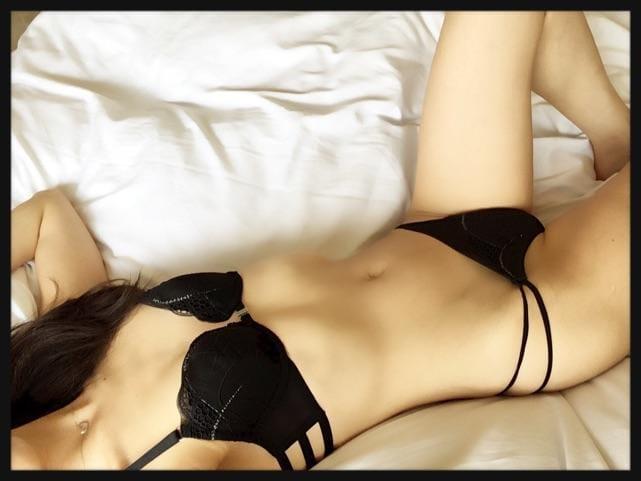 りこ「おやすみなさい♪」09/21(金) 22:15   りこの写メ・風俗動画