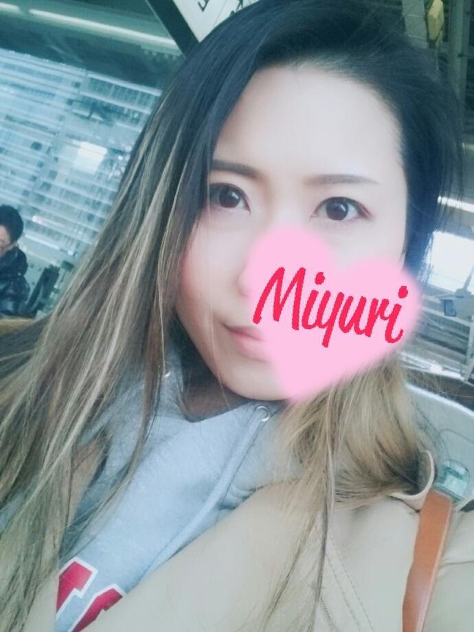 「感謝(*´∀`)」09/22日(土) 17:58 | みゆりの写メ・風俗動画