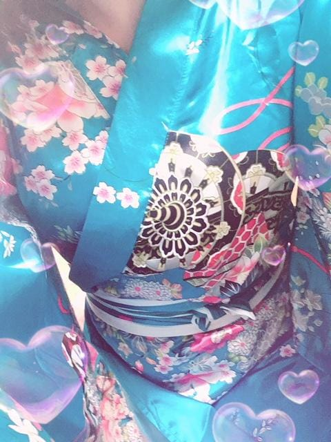 「出勤しております〜(^з^)-?」09/22(土) 21:09 | 穂乃果(ホノカ)小町の写メ・風俗動画