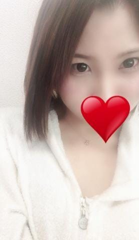 「ご自宅60分のお兄様♪¨̮⑅*⋆。˚✩.*・゚」09/23日(日) 02:50   あゆみの写メ・風俗動画