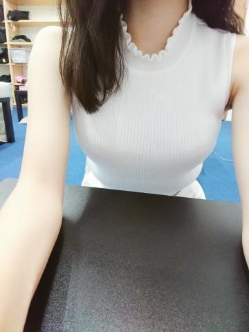 「あめふりざーざー」09/29(土) 14:27 | あや【8/30入店】の写メ・風俗動画
