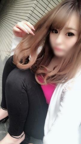 「明日?」09/30(日) 00:01 | さな【美乳Gカップ鉄板級美女】の写メ・風俗動画