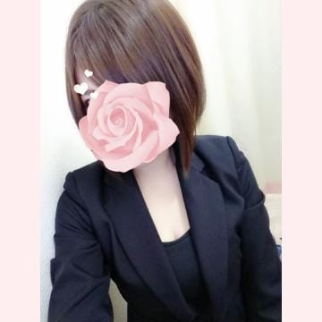 「お疲れ様です(-_-;)」10/01(月) 22:59   りつの写メ・風俗動画