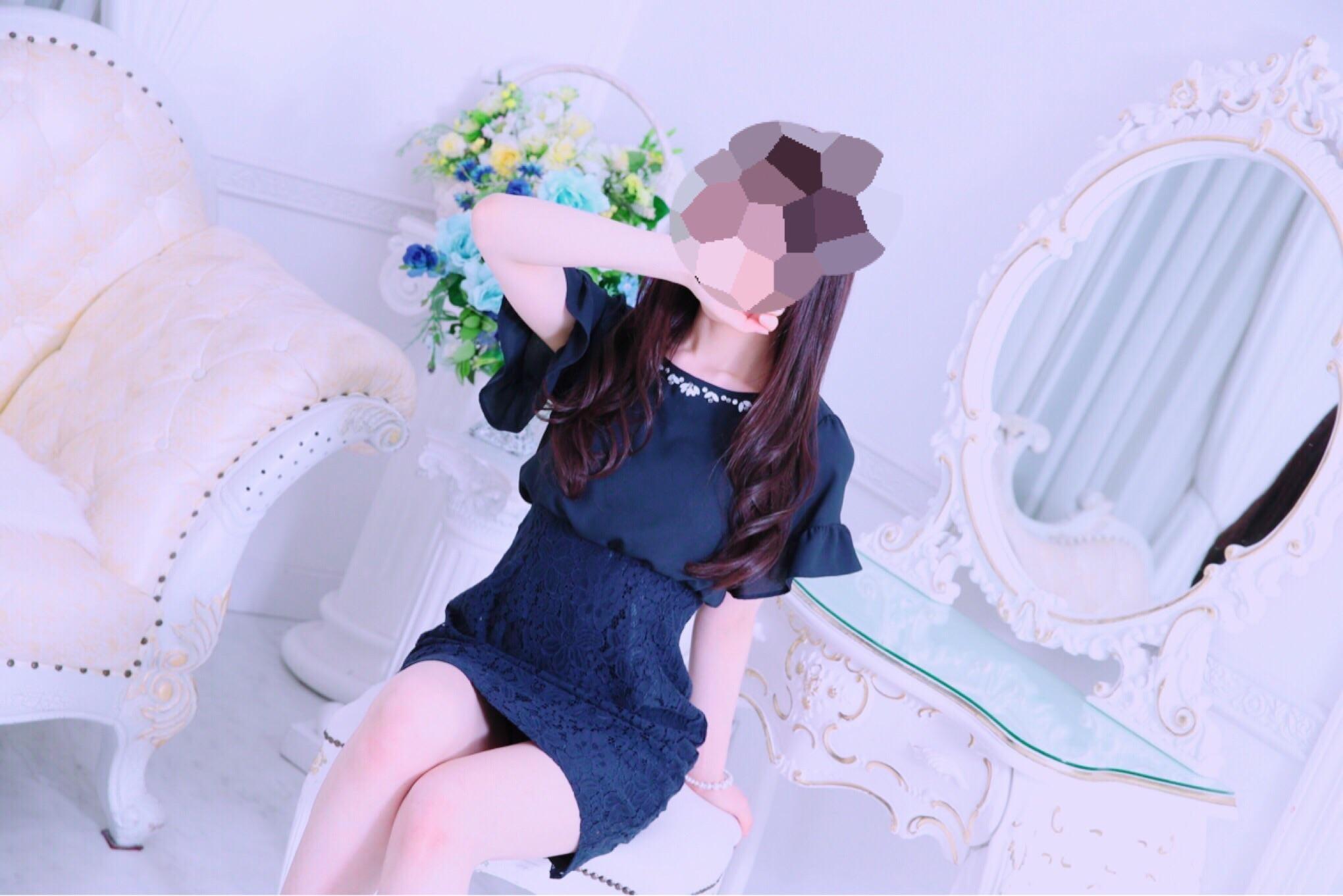 「【欲に忠実】」10/02(火) 13:30 | 新人・ゆきの☆視線を釘づけの写メ・風俗動画