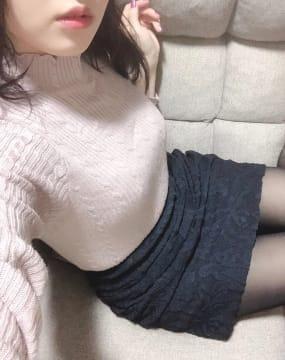 「出勤してま〜すっ!よろしくね!」10/04(木) 19:52 | えれなの写メ・風俗動画