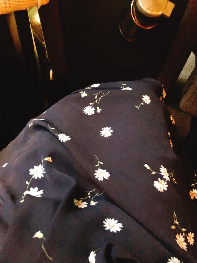 「お花柄が好き☺️」10/06(土) 19:55 | びび【アニメ声】の写メ・風俗動画