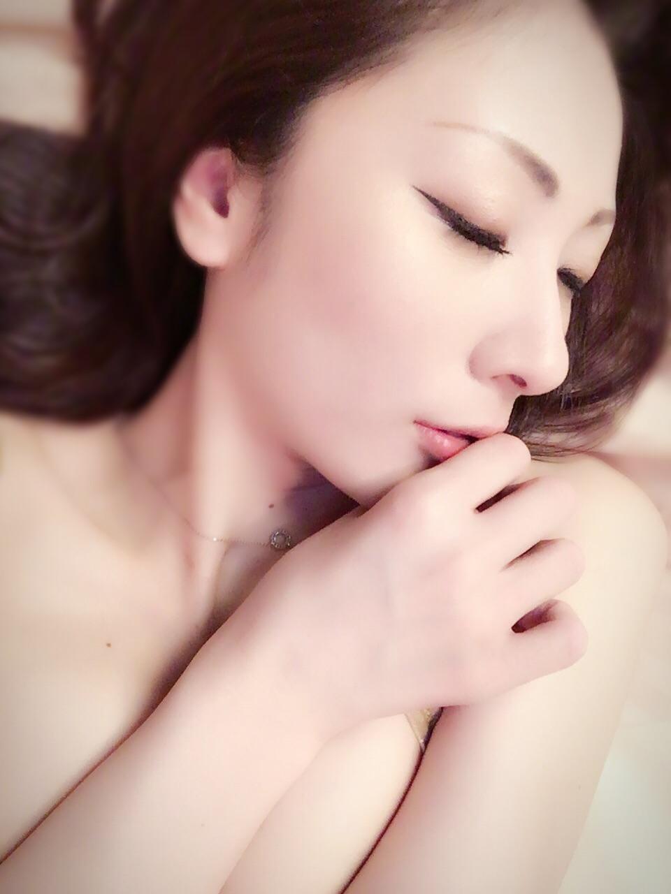 「洋服のフ○ラ山?」10/08(月) 10:26 | えみりの写メ・風俗動画