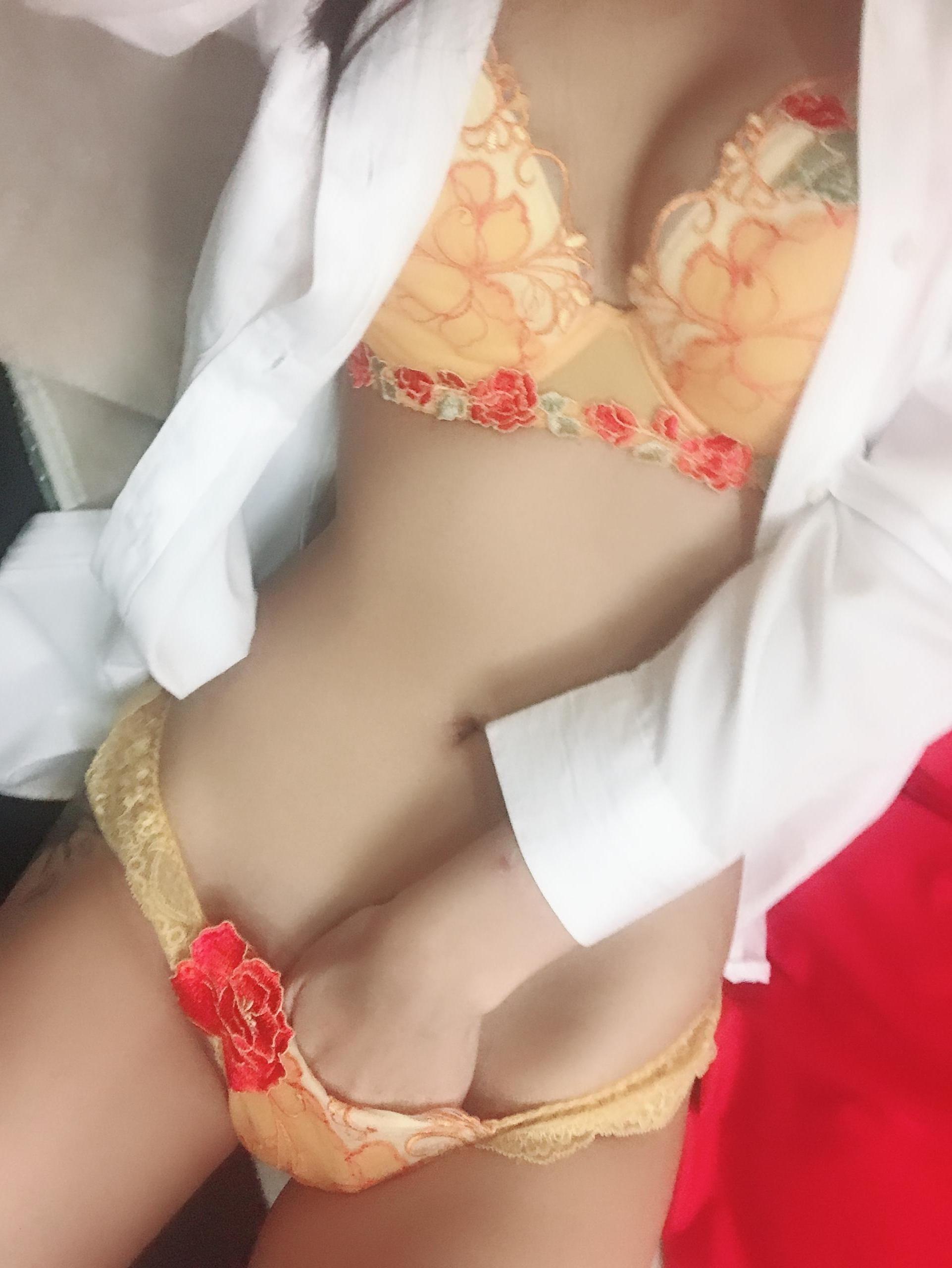 「No78 椎名」10/10(水) 19:08 | 椎名の写メ・風俗動画