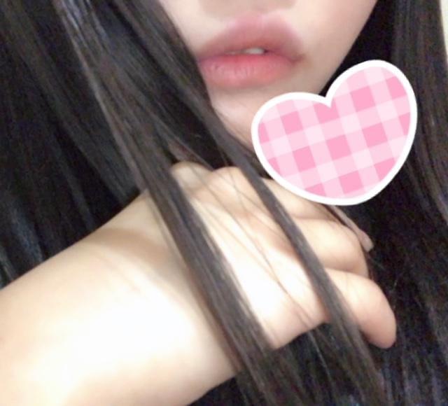 みどり「出勤♡」10/11(木) 17:18 | みどりの写メ・風俗動画