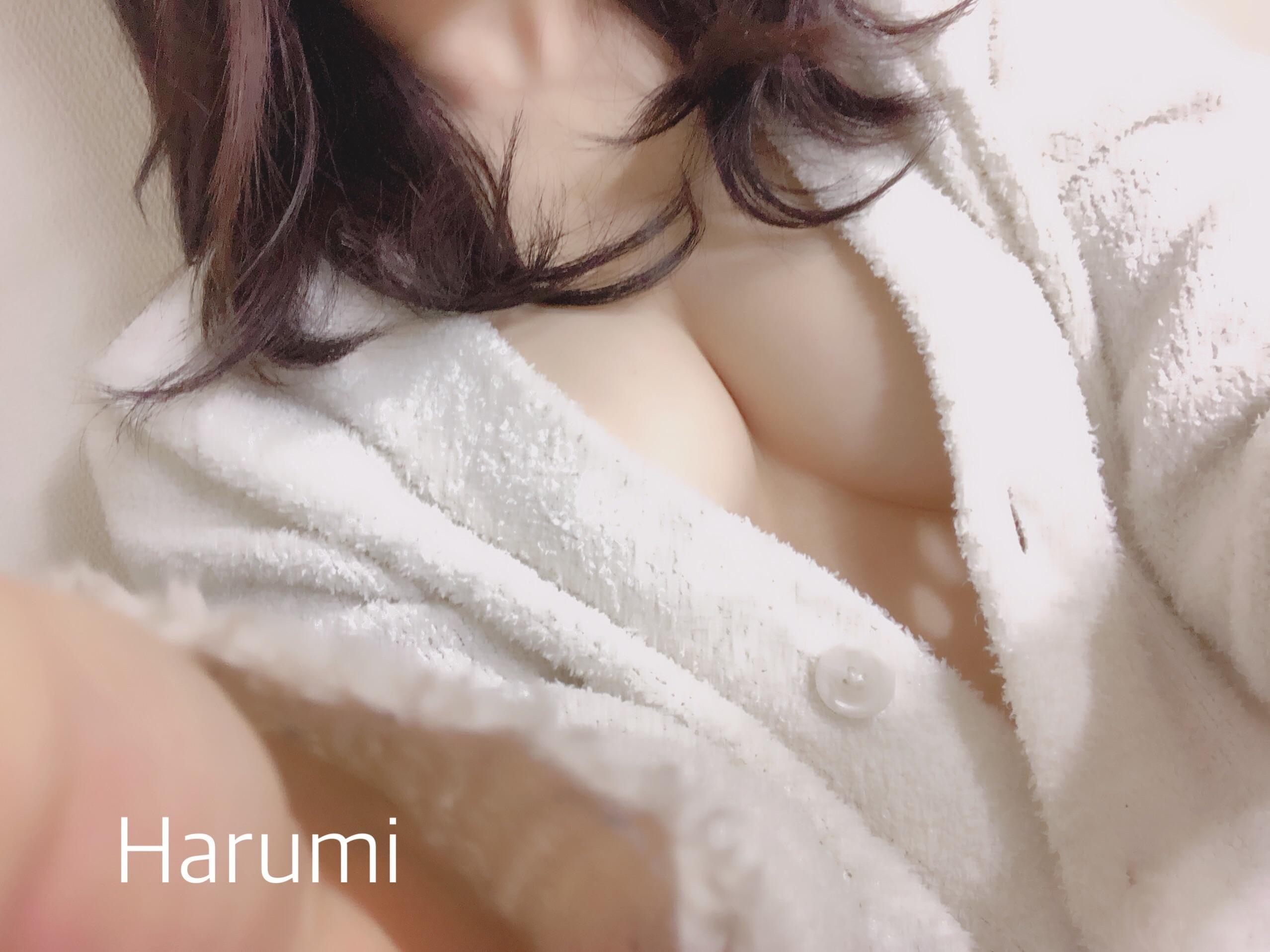 「明日出勤します*」10/13(土) 10:45   はるみの写メ・風俗動画