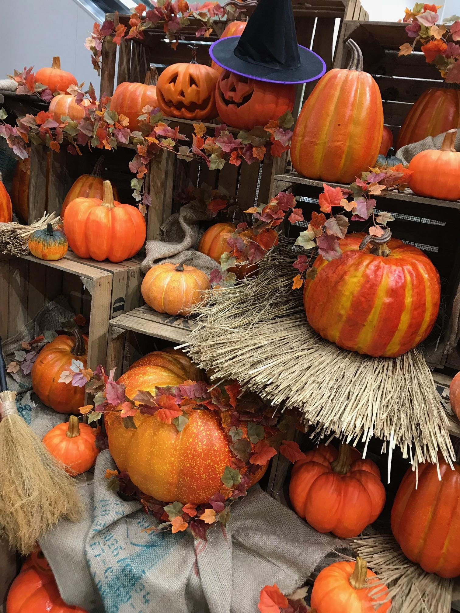 「ハロウィンハロウィンの月ですね!」10/14日(日) 18:42 | じゅりの写メ・風俗動画