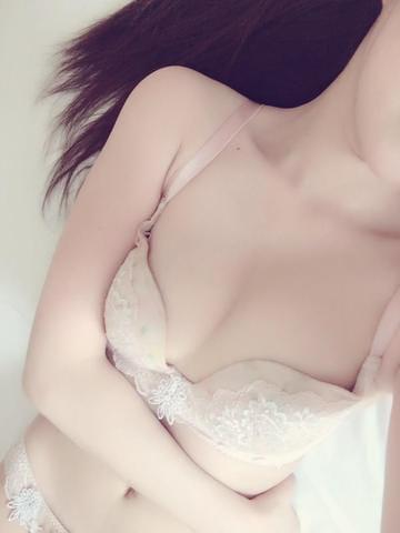 「今日もさむいけどっ」10/16(火) 00:01 | ゆりの写メ・風俗動画
