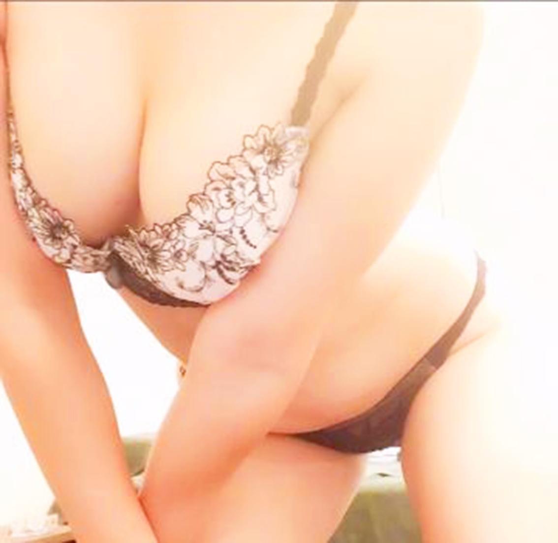 「おはようございます」10/16(火) 13:21 | 曾根崎の妻の写メ・風俗動画