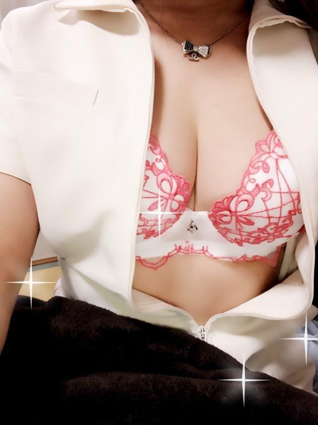 「昼休み中(´∀`)」10/16日(火) 14:15 | カンナの写メ・風俗動画