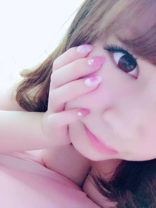 ララ「出勤✩︎⡱」10/16(火) 20:08 | ララの写メ・風俗動画