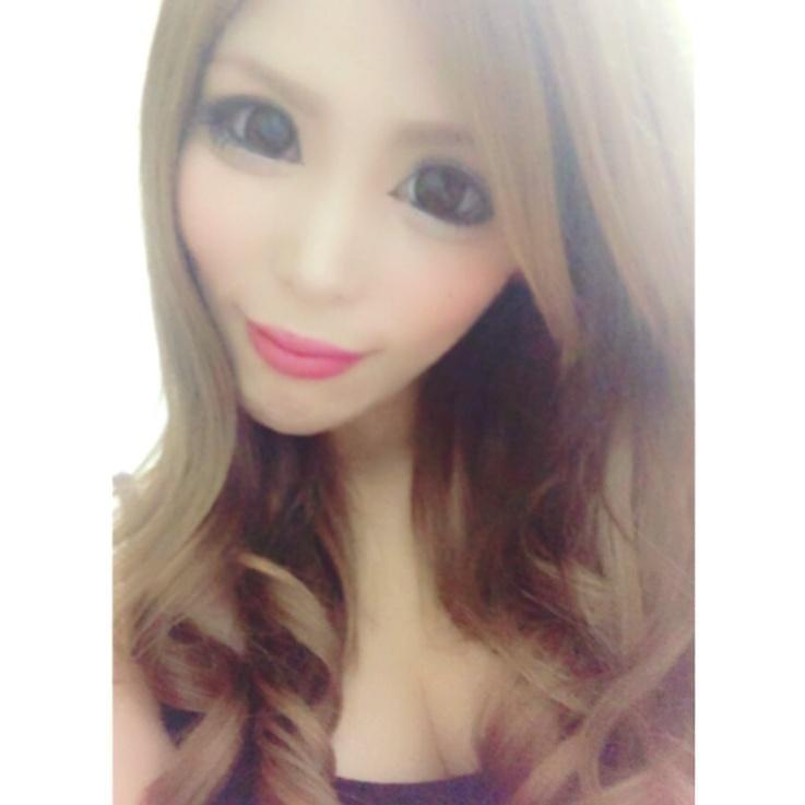 「今日もいろはす梨を飲む♪(´ε` )」10/17(水) 20:47 | リア☆の写メ・風俗動画
