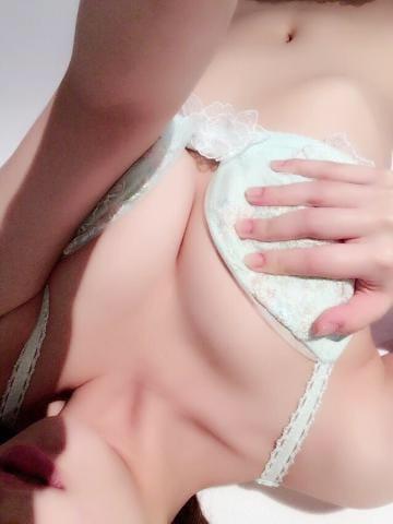 スズカ「待機中♫」10/17(水) 21:27 | スズカの写メ・風俗動画