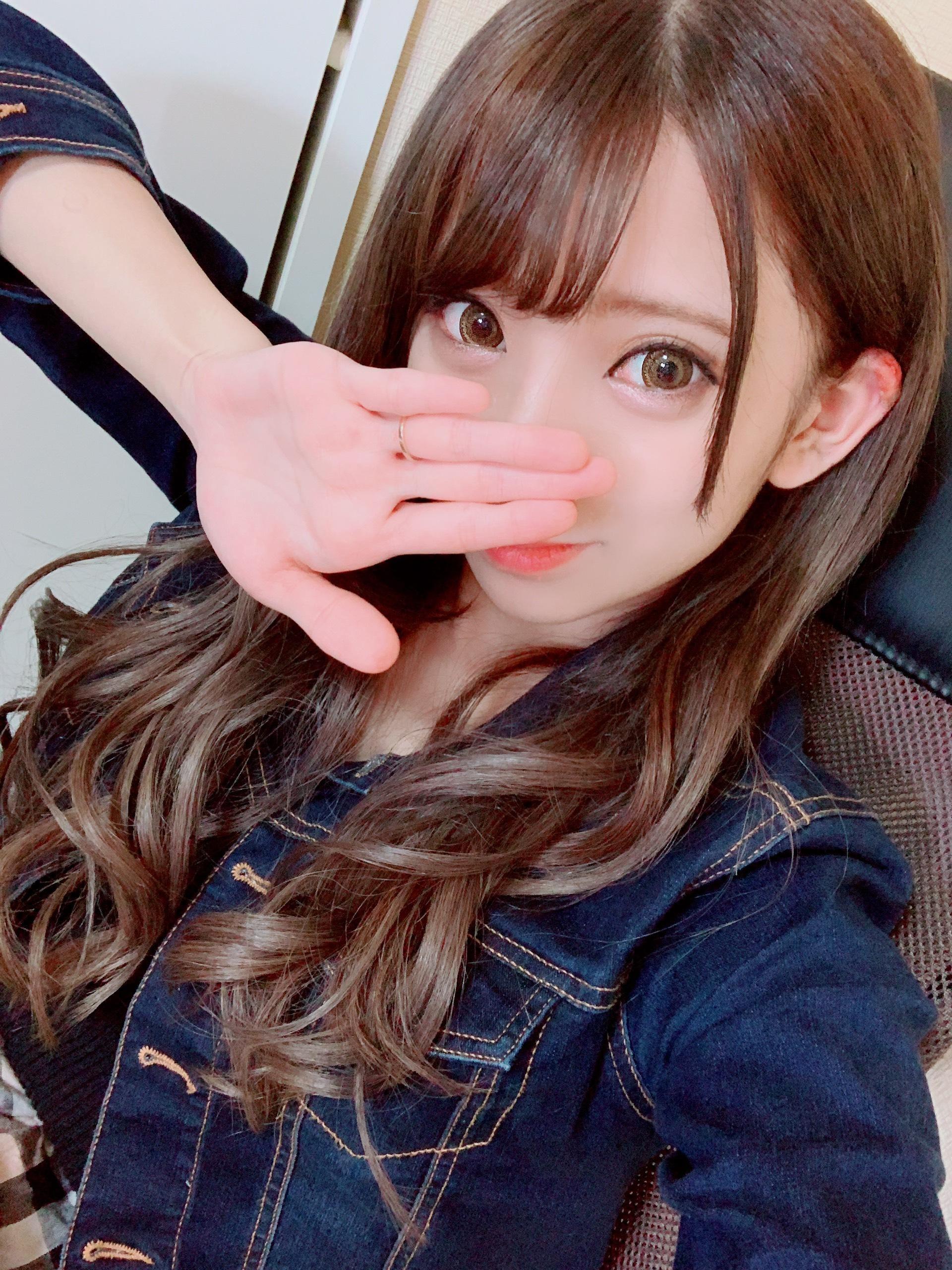 「初めまして!」10/18(木) 14:10 | みずほ☆体験入店4日目☆の写メ・風俗動画
