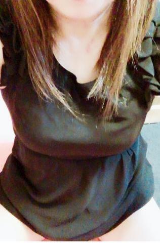 「こんにちわ ♪( ´θ`)ノ」10/21(日) 12:17 | かなの写メ・風俗動画