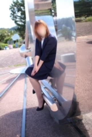「おはようございます( ´ ▽ ` )」10/22(月) 10:28 | 才賀むつみの写メ・風俗動画
