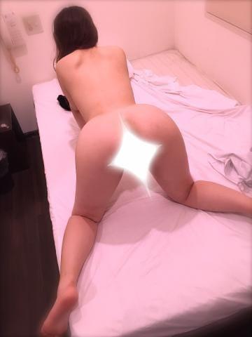 「夜更かし(>人<;)」10/23(火) 02:10 | 井口エマリの写メ・風俗動画