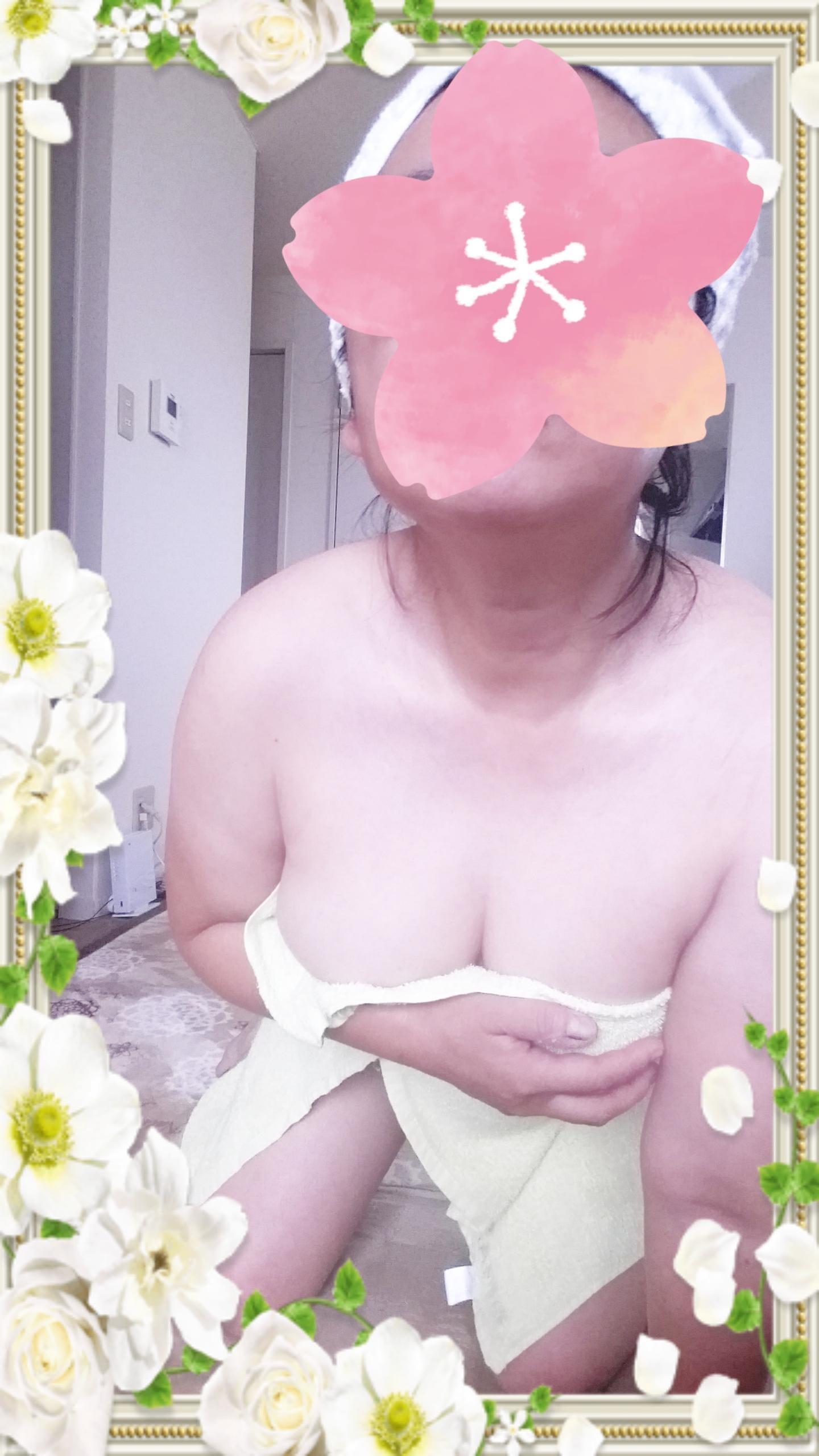 「コメントのお返事です」10/23(火) 18:44 | 有坂ゆかりの写メ・風俗動画