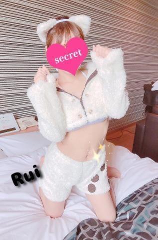 「[お題]from:目がハートさん」10/29(月) 11:07 | るいの写メ・風俗動画