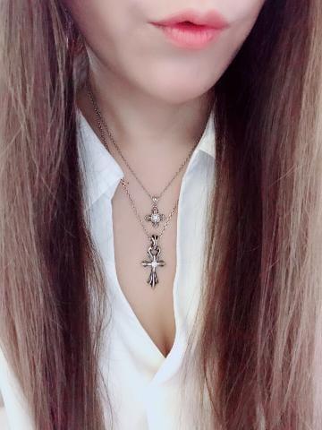 「寒い〜(;´?????`)」11/02(金) 07:15 | あいかの写メ・風俗動画