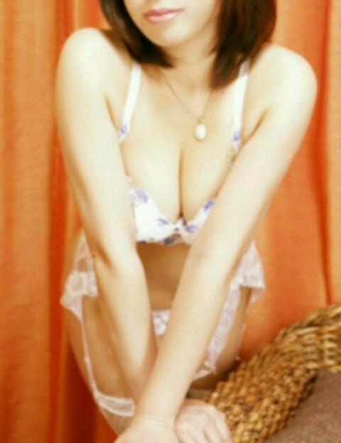 「昼下がりですね。」11/06(火) 13:56 | (新人)恋衣‐こころ‐の写メ・風俗動画
