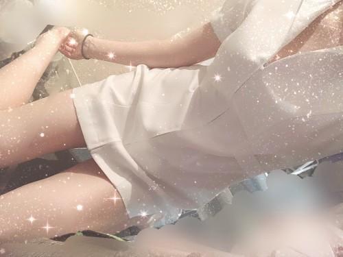 「肌寒い」11/15日(木) 19:50 | かのんの写メ・風俗動画