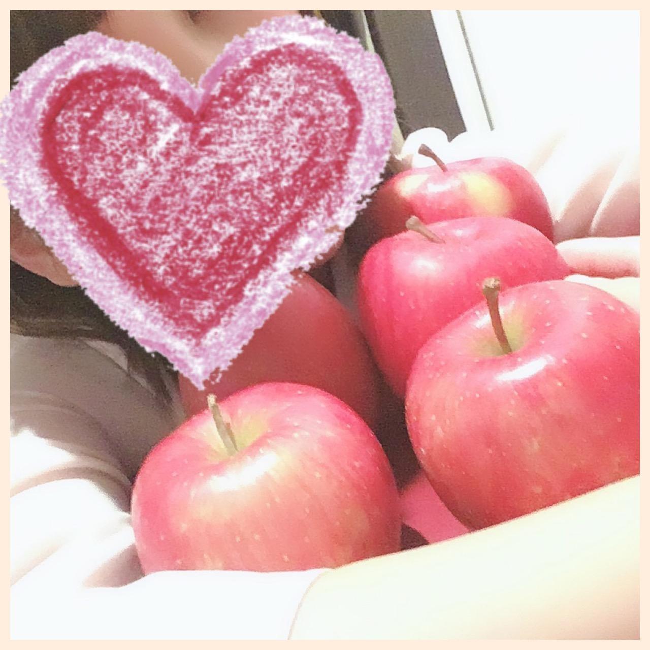 「りんご!」11/15(木) 22:28 | かなの写メ・風俗動画