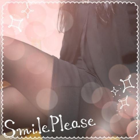 「こんにちは」11/16(金) 13:53 | 篠田しのだの写メ・風俗動画