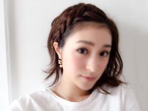 ie16042901-mizuki_ako-18s.jpg