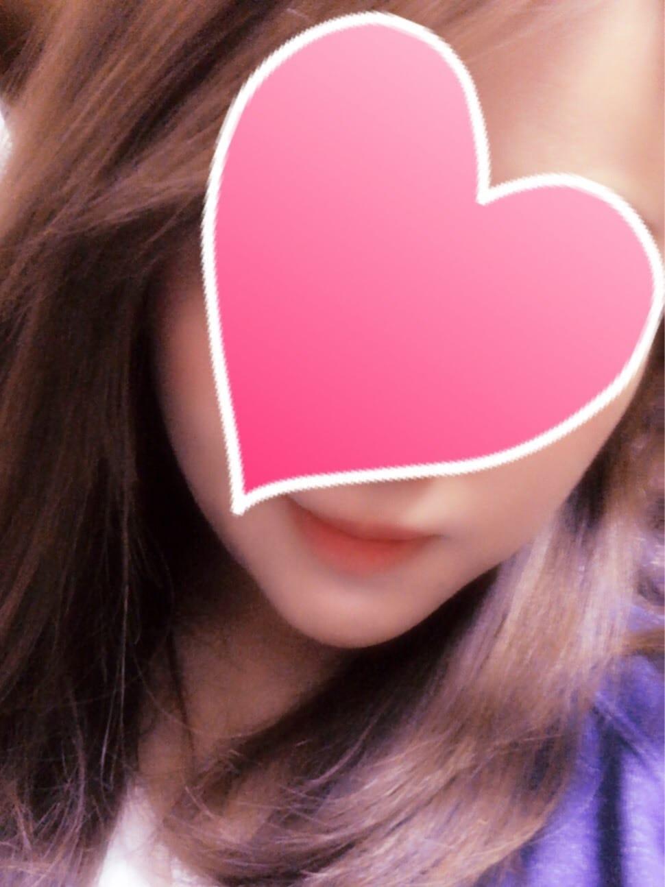 かな「かなです(*∩ω∩)」11/16(金) 19:20 | かなの写メ・風俗動画